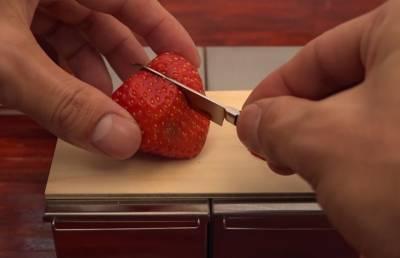 超迷你的草莓蛋糕~ 好吃又不怕胖~  ̄▽ ̄ ~*