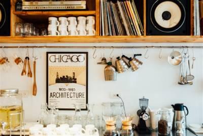 咖哩 咖啡 音樂的新美味三角關係!店面古物布置添風味