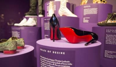英國V A博物館推出《鞋:愉悅與痛苦》特展