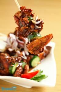 酸香鮮辣的【馬來西亞料理】正夯!嚴選3間讓人脾胃大開,去暑排濕的好店,大肆擄掠饕客舌蕾!