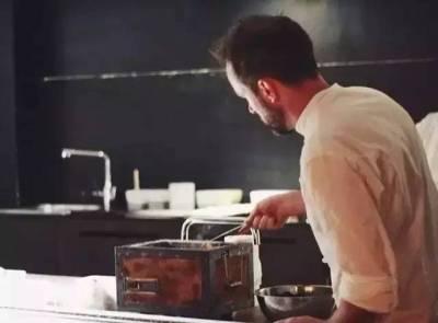 從米其林三星辭職,他把一個月營業7天的破餐廳開遍全球
