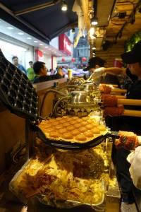 西門町發Q雞蛋仔成都店-雞蛋仔台北推薦,香港必吃國民小吃,西門町甜點外酥內軟港式雞蛋仔,捷運西門站美食