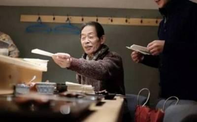 55年堅守一方小屋,炸了3000萬個天婦羅的大師,做出了世上最好吃的天婦羅