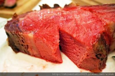 約會就是要吃這款!《Lawry's勞瑞斯牛排》西班牙風味的頂級饗宴,秘密武器菜單上桌...