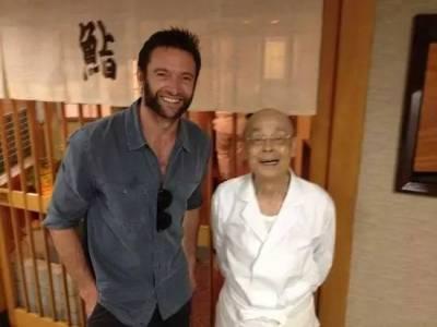 這兩位大神,10年里天天見面,吃了5000頓飯,卻沒說過一句話!真相令人感動