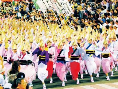 超過400年歷史!日本四國,沒有任何一個祭典的盛況可以和它比擬~~沒有提早半年預約,別想來德島住宿!