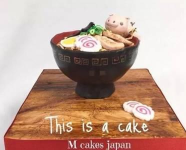 大神做的蛋糕,什麼都像,就是不像蛋糕