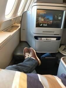 悲劇式的商務艙體驗…行李不見了,航空公司還要求我付運費?? 黑人問號)
