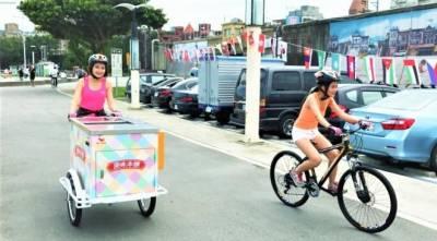 免費吃限量經典冰棒就趁現在!活力女孩騎車衝北中南,在各大景點限時出沒請你吃冰...只有8天!