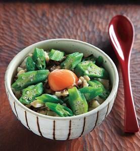 如何提振夏日食慾?秋葵料理作法大集合~#《山藥秋葵生蛋蓋飯》看起來也太美味了!