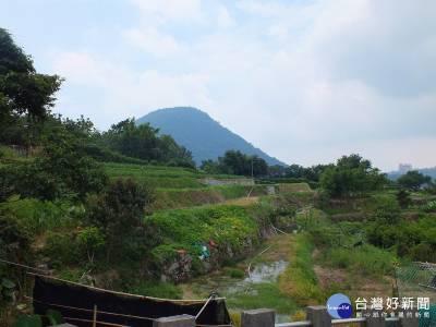 夏日消暑新秘境 北市泉源社區悠遊圳水間