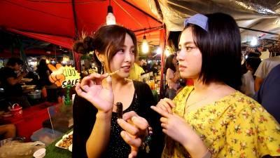 炸昆蟲吃起來有「蟲子的內臟味」?!大元跟宇珊帶你到泰國品嚐最道地的食物...