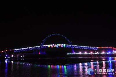 「情定王功」相伴浪漫海岸 燈光夜景延長至七夕