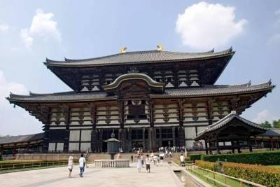 日本1300年的國寶慘遭韓文刻字,全國上下都氣炸了!