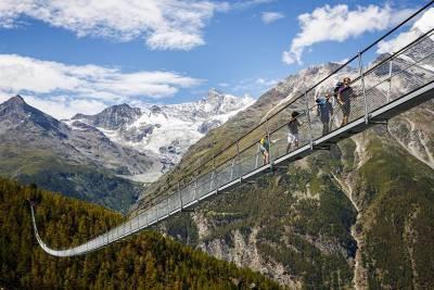 敢踏上去的人每位都超!勇!敢!5個全世界最驚心動魄的空中觀景台