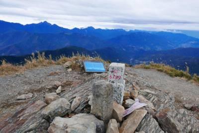 百岳中的小清新 秀麗桃山