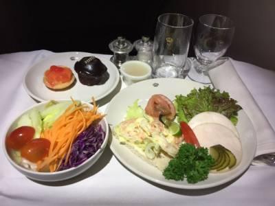 世界三大頂尖航空公司 - 皇家約旦航空,商務艙全體驗~