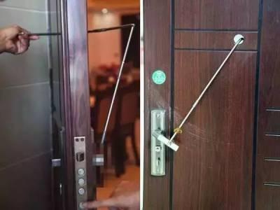 住酒店時,記得睡覺前拿2個杯子放在門把上!