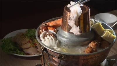 海鮮酸白鍋 三點蟹 鮮蚵增添甜味