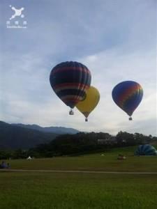 台灣熱氣球嘉年華 大黃蜂來了