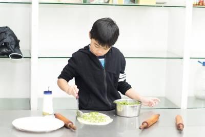親子小旅行》正港三星蔥油餅DIY!來宜蘭農場親自製作「台灣排隊美食」,好吃又有得拿...