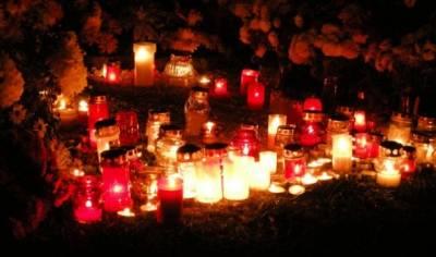 全球最奇特的迎新習俗- 到墓地跨年