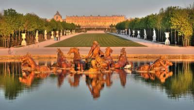 法國皇室華麗宮殿 凡爾賽宮。傾世芳華的法國王宮
